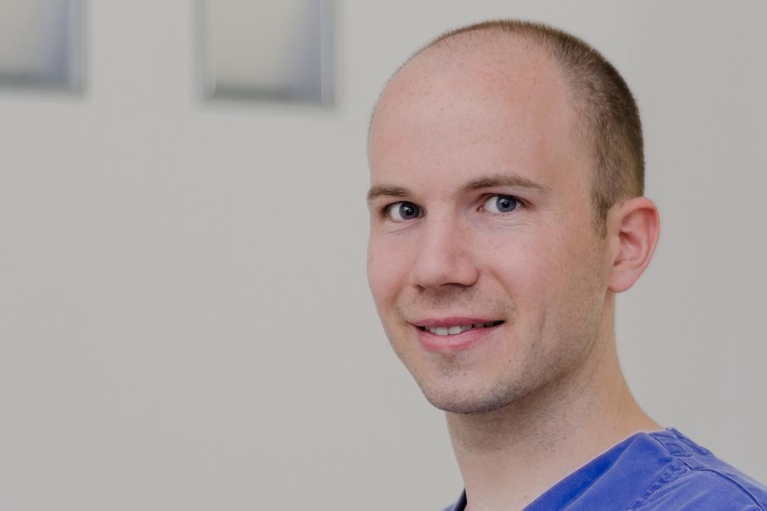 Facharzt für Oralchirurgie